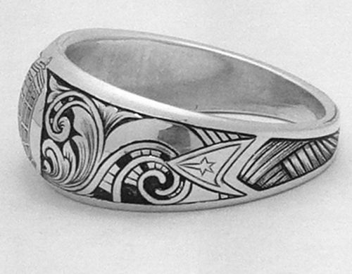 amazing doctor who ring would be better without the star trek logo on it though - Star Trek Wedding Ring