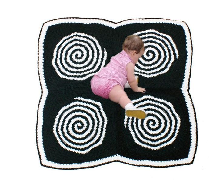 Baby Sensory Spiral Tummy Time Mat  ~ pattern available