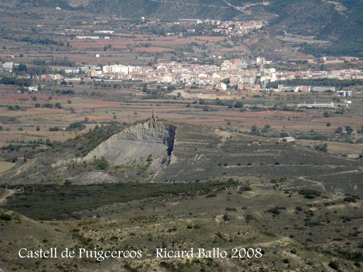 Puigcercós Vell - #pallarsjussa #despoblats #pueblosabandonados #Tremp al fons