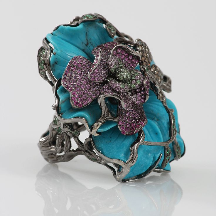 Wendy yue Carved Turquoise Flower