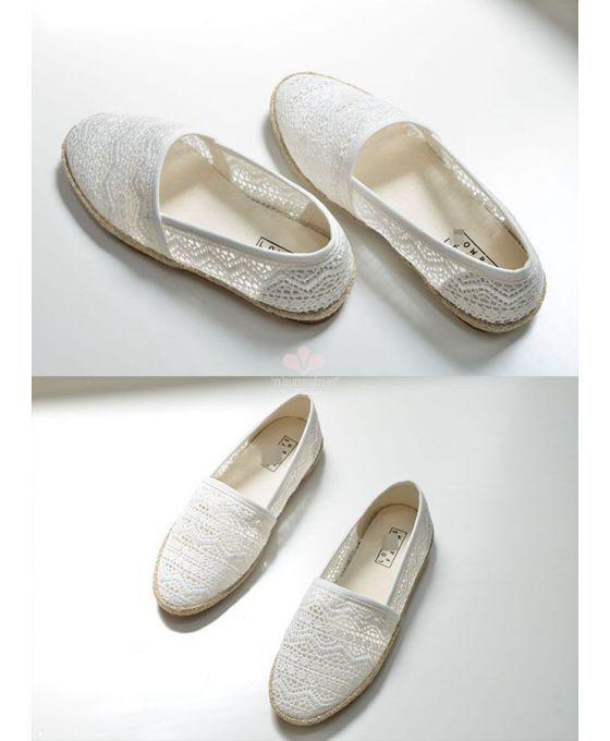 Lace espadrillas. Round toe Lace Rubber sole Wedding shoes