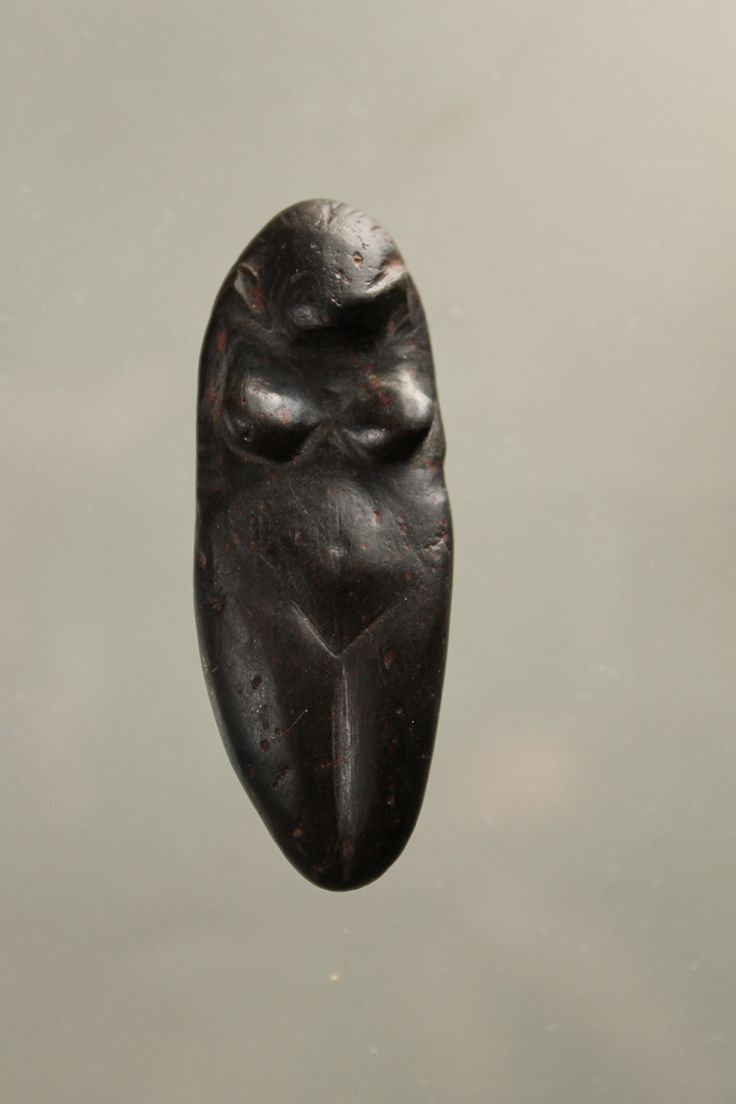 Upper Paleolithic female figurine, Eastern Europe, ca. 12000 B.C.E.