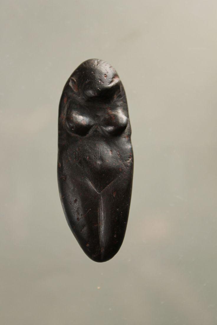 Upper Paleolithic female figurine, Eastern Europe, ca. 12000 B.C.E.