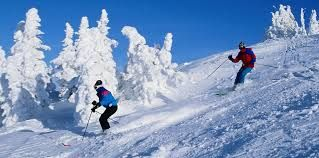 Looking for Honeymoon in Manali where valleys of Himalayas covered with snow and the outlook which will tempt us. Luxury Honeymoon Packages for you acceding to your pocket. http://www.kullumanalihoneymoonpackage.org/manali.html