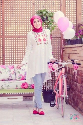 Hijab Fashion 2016/2017: cute hijab blouses Cute pastel hijab for spring www.justtrendygir