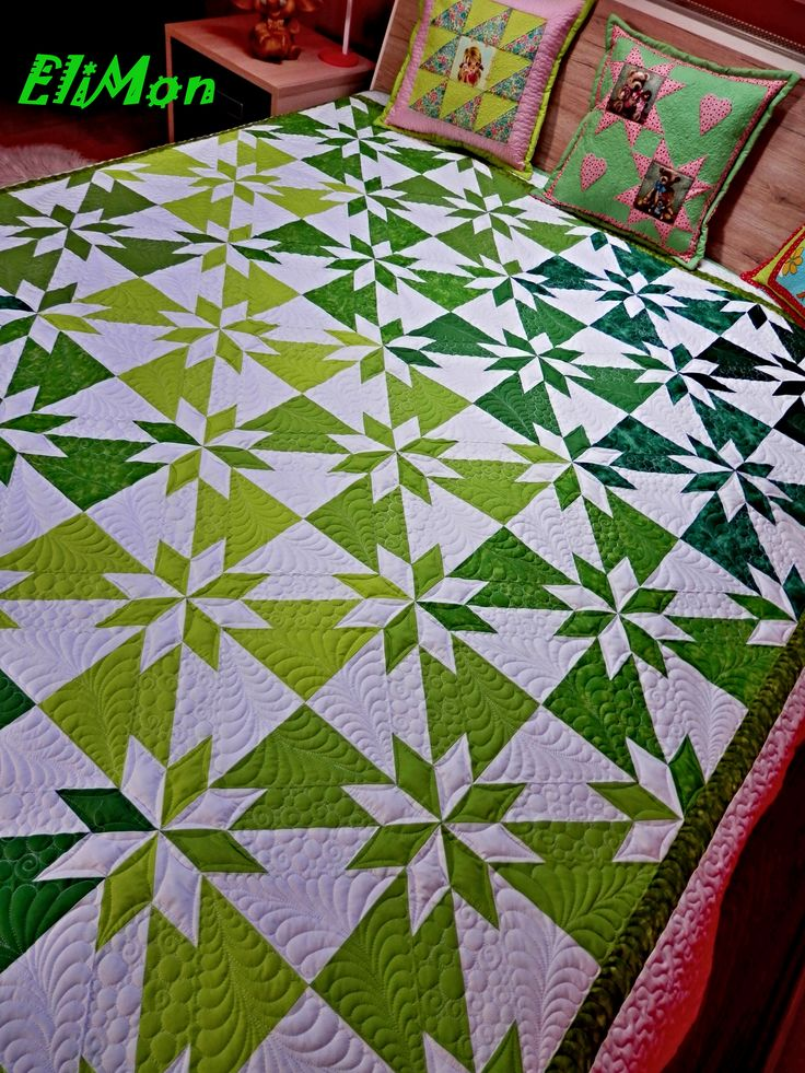Patchwork and quilting, Hunter Star...Green and white