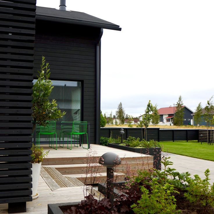 Outdoor living area. Nordic garden design, designed by Green Idea