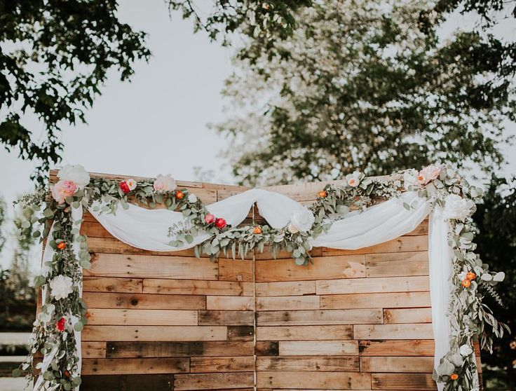 """1,277 Likes, 18 Comments - Tribes N Pines (@tribesnpines) on Instagram: """"Last weekends wedding garland. ✨"""""""