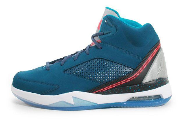 Air jordan flight remix perfect summer shoe game size 9.5 tropical blue infred23 #AIRJORDANS #BasketballShoes