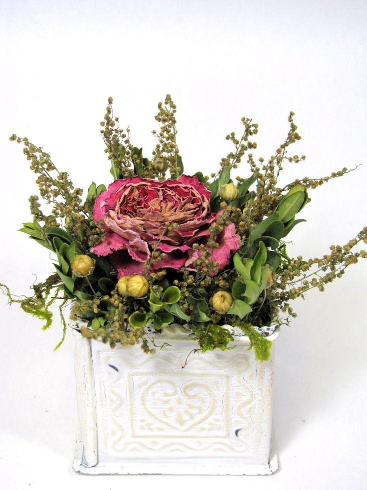 33 best dried flowers images on Pinterest   Floral arrangements ...