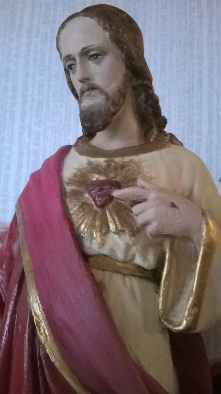 Sagrado corazón de Jesús restaurado