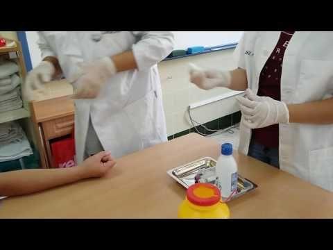 Extracción de sangre con aguja y vacutainer