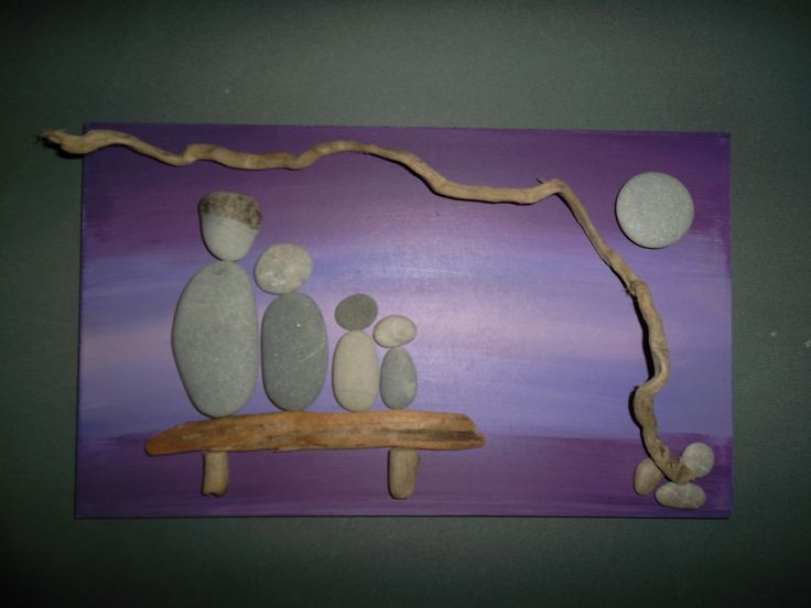 beach pebbles and driftwood pictures(sandrina)