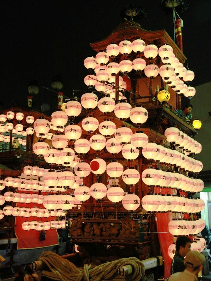 Festival floats with lanterns, Handa, Aichi, Japan ©pochi はんだ山車祭り