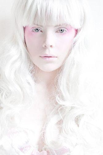 ...: White Dolls, Hair Beautiful, Black N White, White Haircolor, Photography Portraits, Pure White, White Fairies, Things White, Snow White