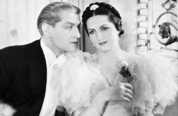 """Jadwiga Smosarska i Franciszek Brodniewicz w filmie """"Dwie Joasie"""", 1935 (fot. Zbiory Filmoteki Narodowej)"""