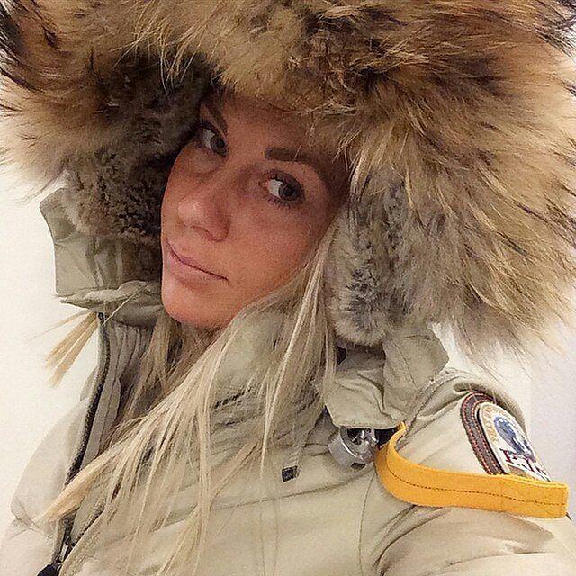 @Regrann from @saracmadeleine -  there's no better feeling than going to bed at night and not having to set an alarm for tomorrow morning.☆ #me #metoday #potd #pictureoftheday #wiwt #whatiworetoday #ootd #outfitoftheday #ootdmagazine #furparka #fur #louisvuitton #valentinobag #valentinoglamlock #instadaily #instaaddict #instablogger #fashionblogger #fashionblogger_de #fashionblogger_muc #germanblogger #blogger #blogger_de #lifestyleblogger #prettylittleiiinspo #kissinfashion #bestoftheday…
