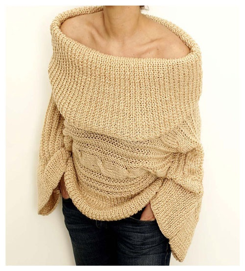 Sweater neckline in beige yarn by Espíritu Folk