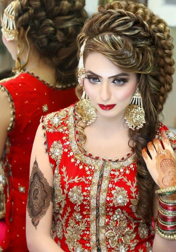 #IrresistibleHairstyling #KasheesWorldBestHairExpert #oneStopServices #EveryoneChoice #HairLovers #OmbreCraze #ColorLovers #loreal #schwarkopf #fashionista #fashionblogger #braids #cascading #sexyStyle #curls #crimping #kasheestrend #KashifAslam #followHim #insta #twitter #tumblr #eyeliner #flawless #eyemakeup #beautiful #pakistani #model #shoots