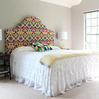 Cabecero de cama hecho con tela #decoración #DIY #ideashabitissimo