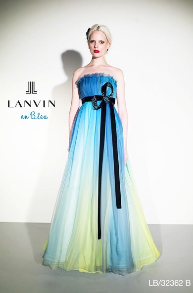 大人っぽく着られる涼しげグラデーション♪ ウェディングドレスからのお色直しで着たいマルチカラーのカラードレスまとめ☆