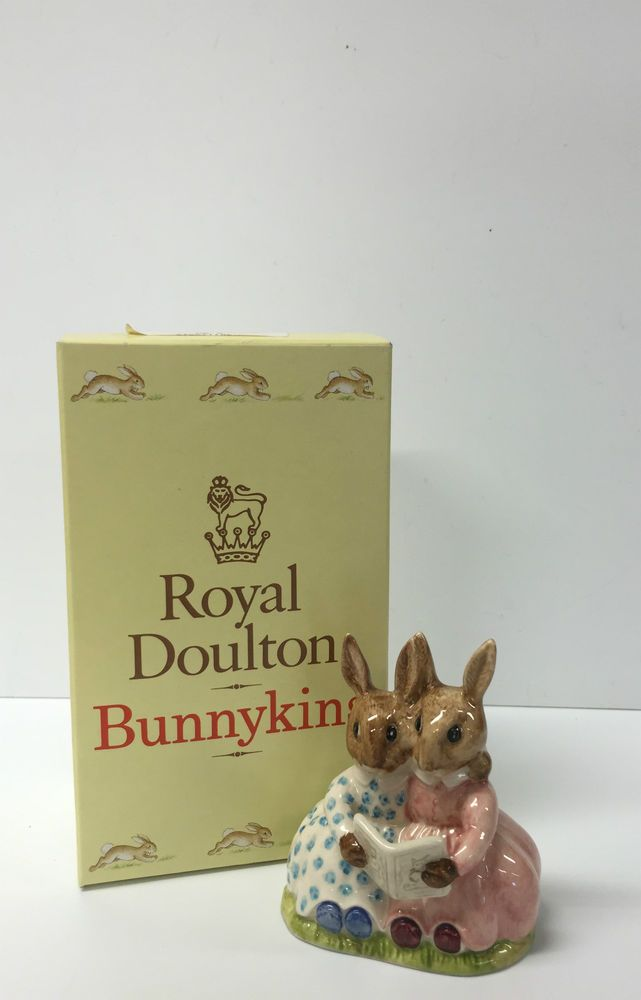 BEAUTIFUL BOXED  STORYTIME  BUNNYKINS BY ROYAL DOULTON 1974 EDITION DB 9