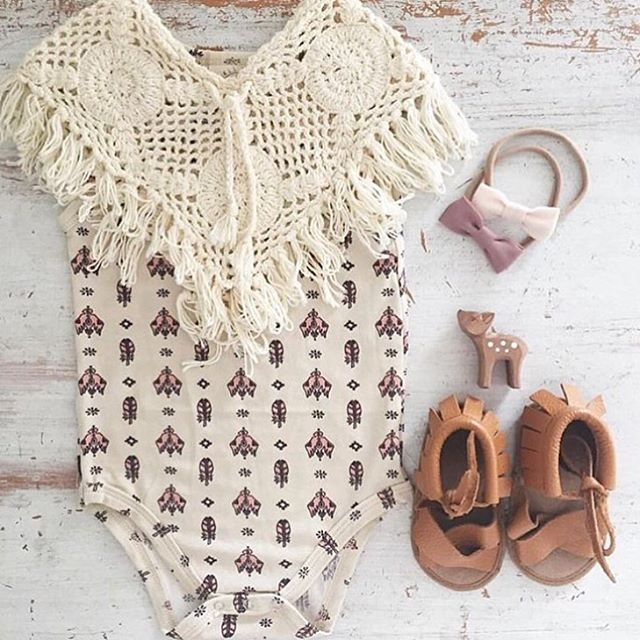 BOHO BABE we love seeing our little sandals in @bonnie_and_harlo flatlays!!