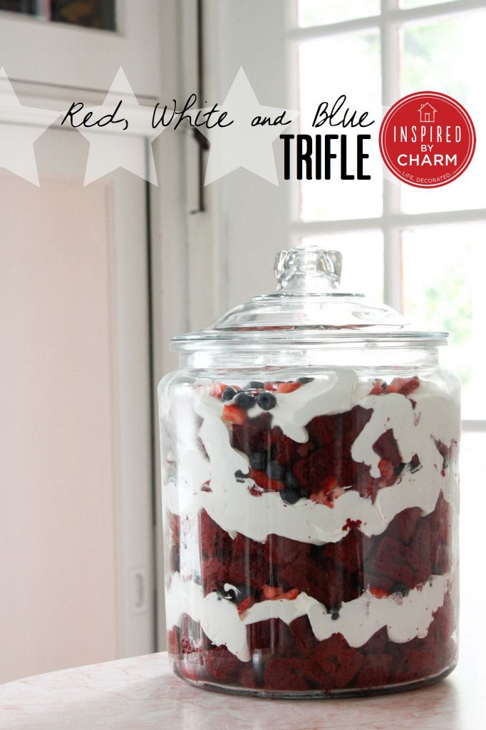Red, White, and Blue Trifle. // Amazingly easy and jaw droppingly delicious!