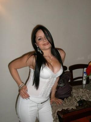 Carolina gynning vinglas online dating