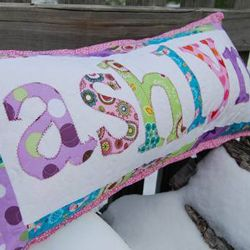 Here are some great crafts featuring first names that anyone would love & 17 best Ashlyn images on Pinterest | Baby girls Babies nursery ... pillowsntoast.com