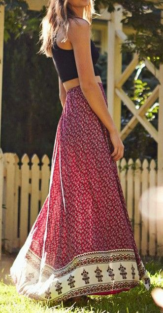 Really falling for my maxi skirt. Would love more in interesting colors/prints. Really digging this one.