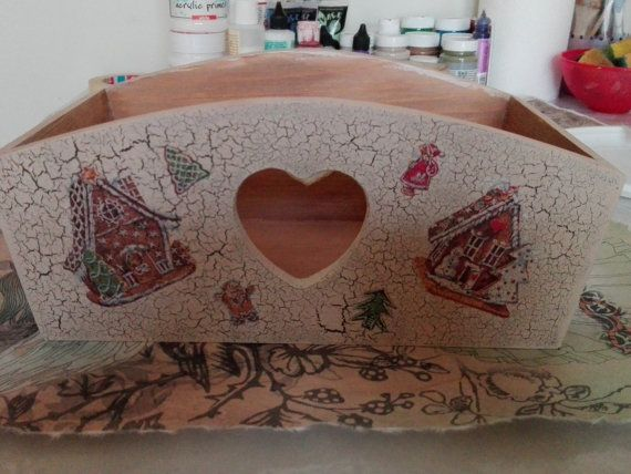 Check out this item in my Etsy shop https://www.etsy.com/uk/listing/496540999/christmas-decoupage-bread-or-cutlery