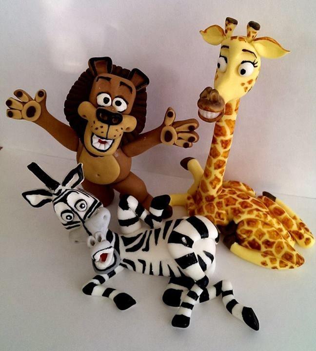 Gum paste Madagascar, lion, giraffe, zebra