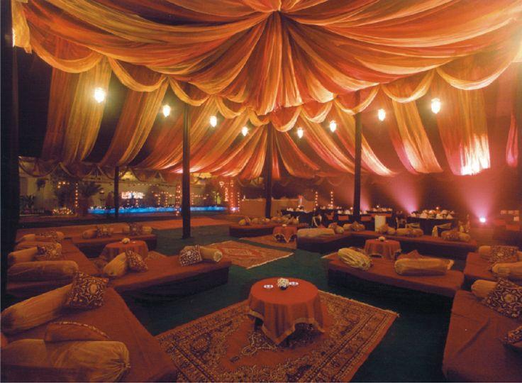 Mesmerizing wedding ambience design by Yuna Weddings