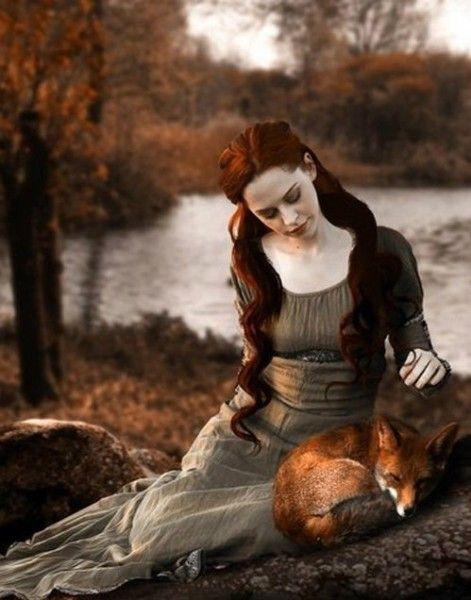 Картинки по запросу средневековая девушка