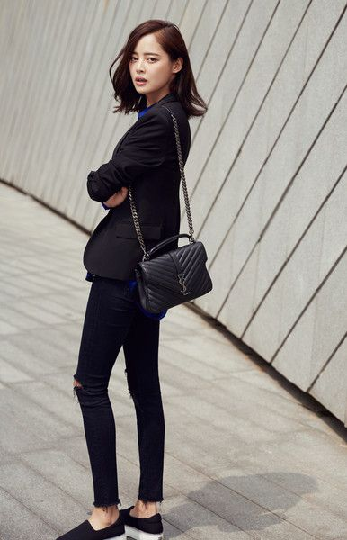 Black blazer with distressed black jean and Black Saint Laurent College Monogram Leather Bag - causal work style