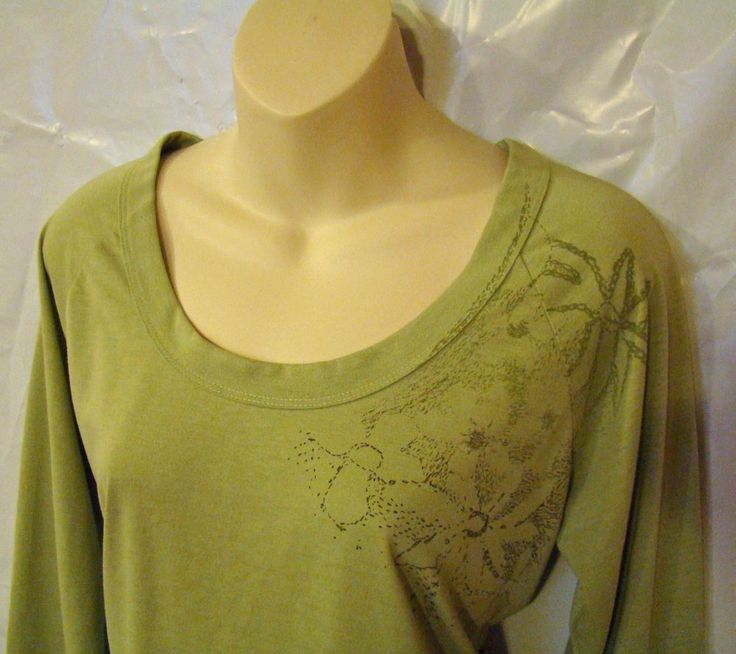 THE NORTH FACE Shirt Top Vapor Wick Long Sleeve Women's L Large Green w/ Flowers #TheNorthFace #KnitTop #Casual