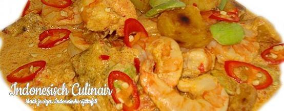 Sambal Goreng Kentang Udang Peteh - Pittige garnalen met aardappel en petehbonen - Spicy prawns with potato and stink beans
