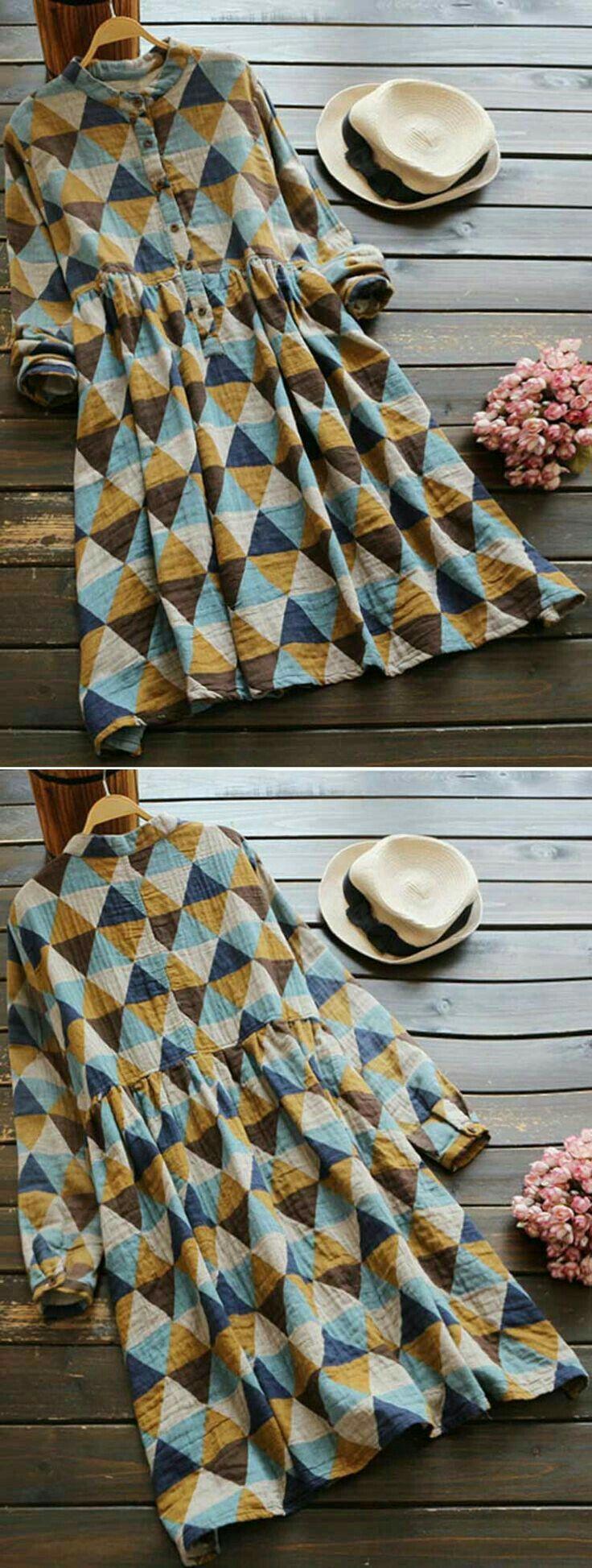 Triangles diamonds pattern
