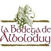 Nuestros viñedos, en Campillo, Montenegro, Enix y Canjáyar, se plantan con variedades que elaboran una gama de excelentes vinos. A finales del siglo XIX el vino eclosiona en Alboloduy, a solo 36 km de Almería capital, que hoy alberga una larga tradición productora de vino. La Bodega de Alboloduy perteneciente a vino de la tierra Ribera del Andarax, está situada en el Paraje de Alcozáyar con una capacidad actual de 80.000 litros de vino.