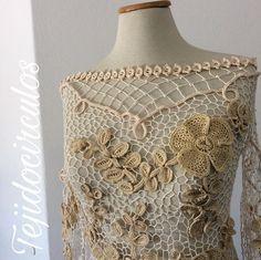 Detalles de mi ya estoy pensando que nuevo trabajo se viene details of my irish lace blouse #slowfashion #irishlace #irishcrochet #crochetirlandes #moda #fashion #slowfashion #crochet #ganchillo #argentina #cordoba #crochetersofinstagram #hautecouture #etsy #wedding
