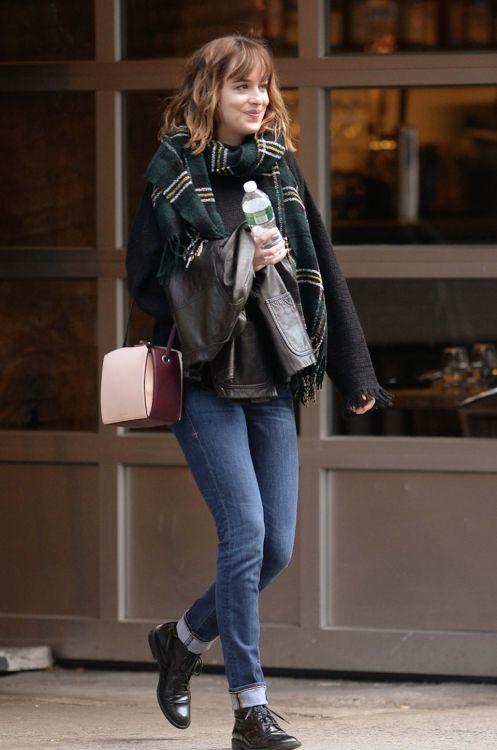 Celebrity style blog. Dakota Johnson,  #celebrity #dakota #johnson #style, Celeb…