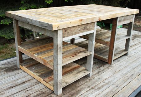 After I do the pallet coffee table, and before the move... I'm going to have to get some pallets and build this table in the spring for the craft room in this house I have my eye on...