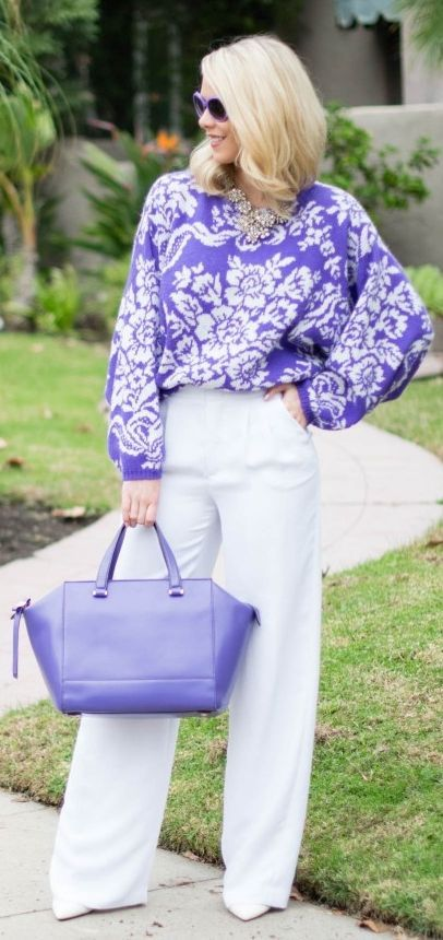 Purple And White Floral jumper with a matching handbag - a beautiful outfit idea! Shop similar at http://mandysheaven.co.uk/ - Womens Fashion UK - Cambridge Style