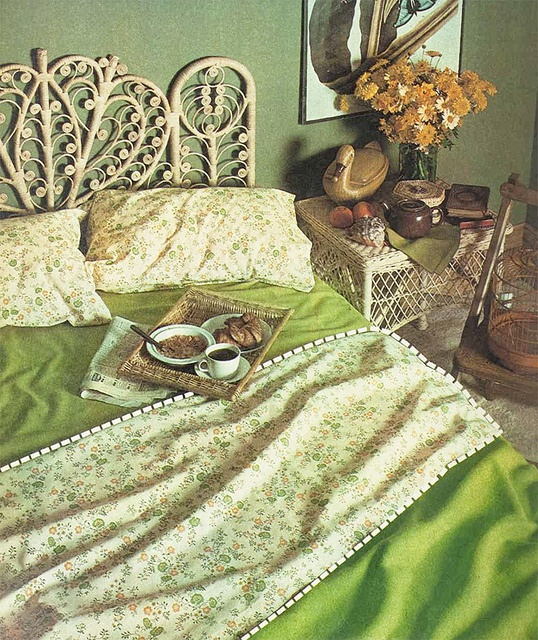 1970s breakfast in bed