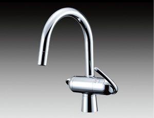 浄水器・アルカリイオン整水器メーカーのトクラス。水道水に含まれる13物質を除去して、安心の水を作ります。
