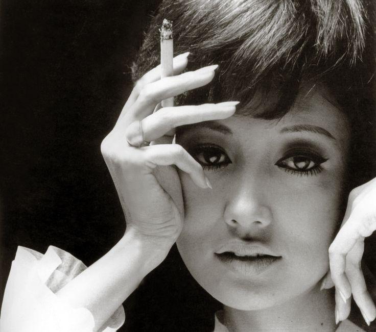 浅丘ルリ子 Ruriko Asaoka Japanese Actress born 2 July 1940