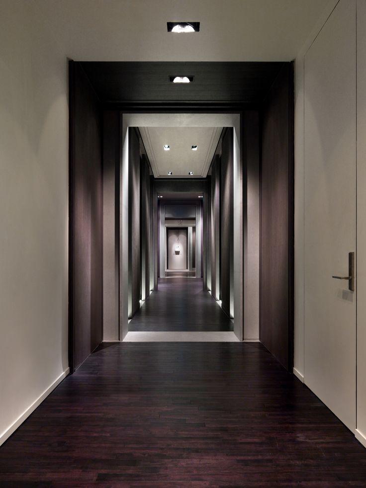 17 best ideas about hotel corridor on pinterest hotel for Hotel corridor decor