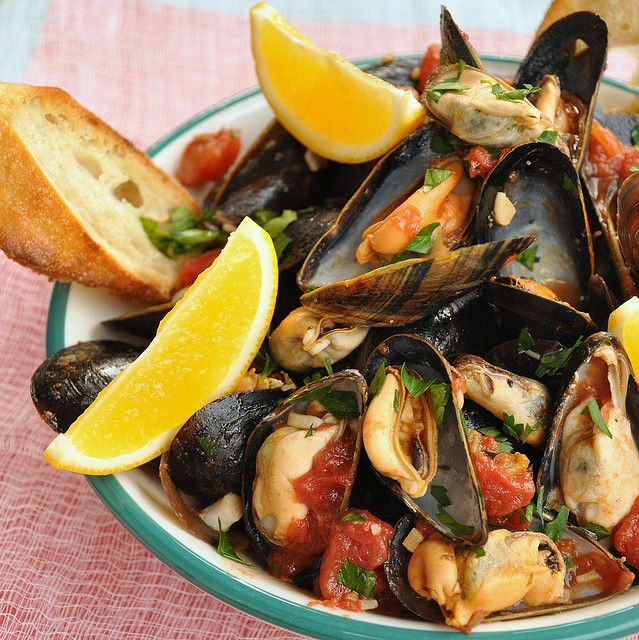 Mussels Neapolitan Style - A Taste of Napoli - This and 14 More Favorite Dishes from Naples, Italy.