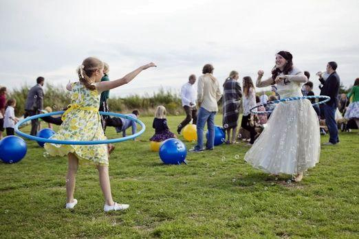 Bride hulla hooping – photography http://www.mark-tattersall.co.uk/